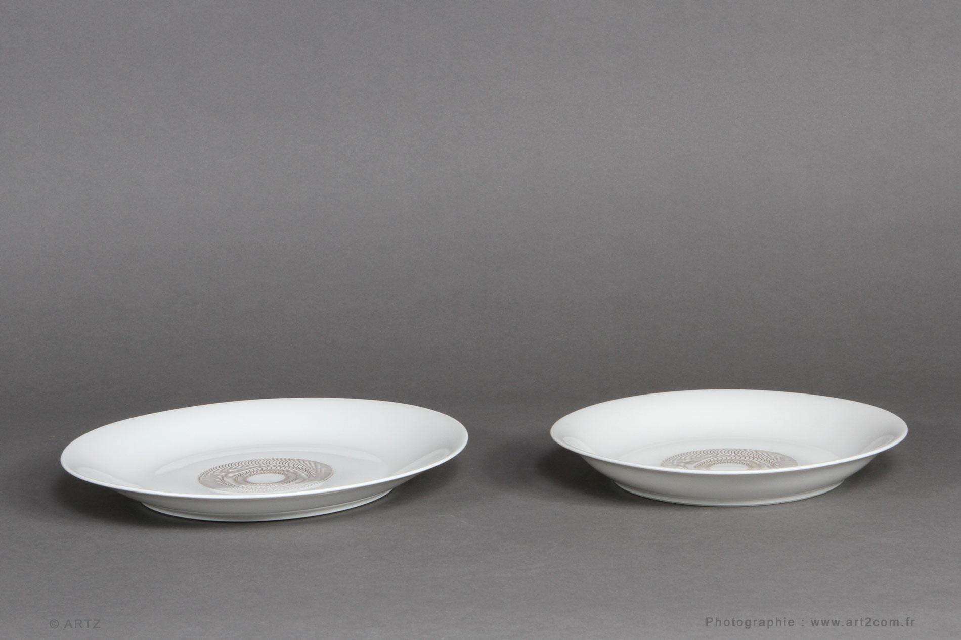 Artz sp cialiste art d co lustres vases coupes meubles for Service de table art deco