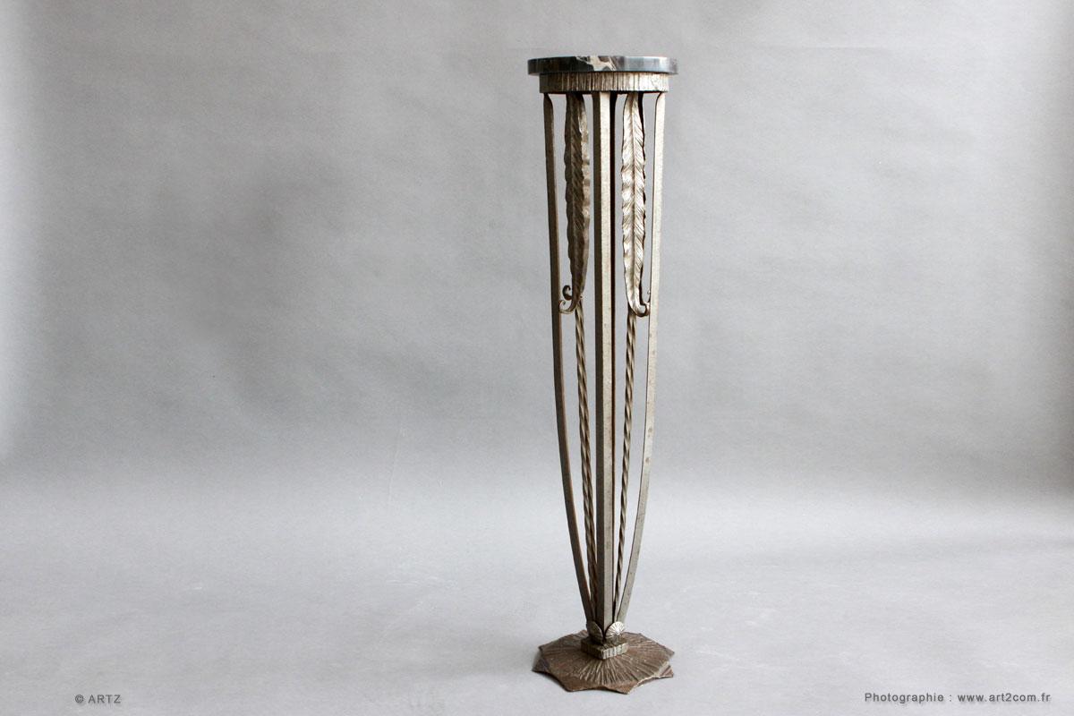 artz raphael fey depuis plusieurs ann es s 39 est sp cialis dans les lustres vases coupes. Black Bedroom Furniture Sets. Home Design Ideas
